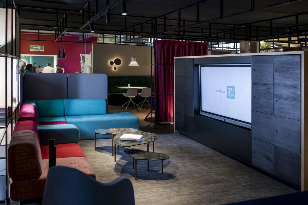 Social Spaces para oficinas