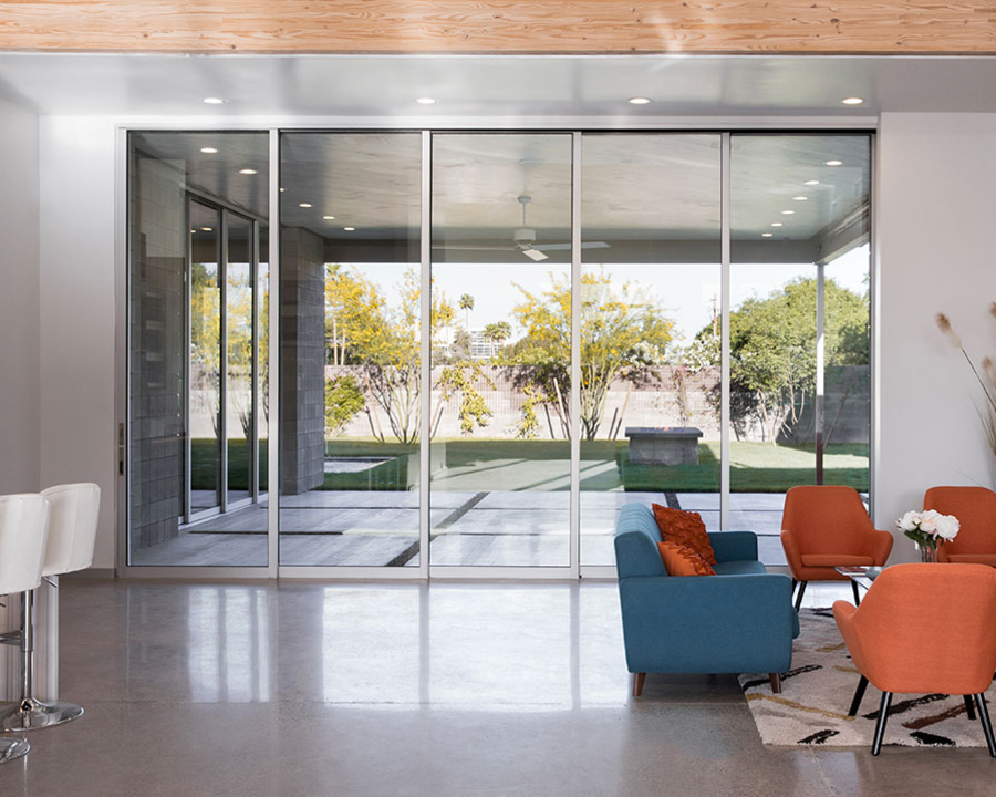 Series 7600 Multi-Slide Door - Performance Line