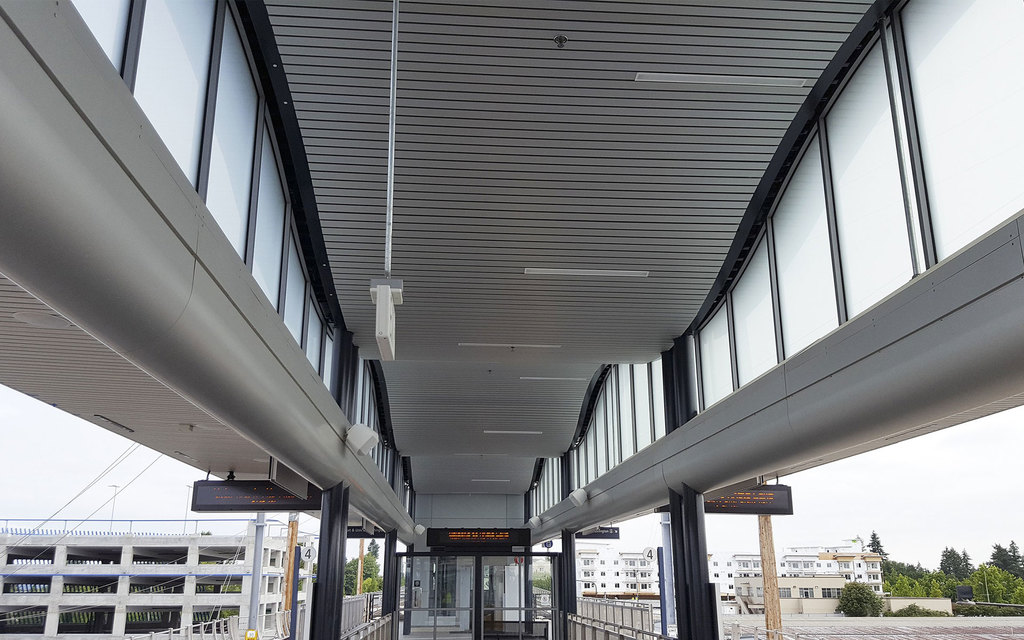 Linear Alumiline Ceilings & Walls