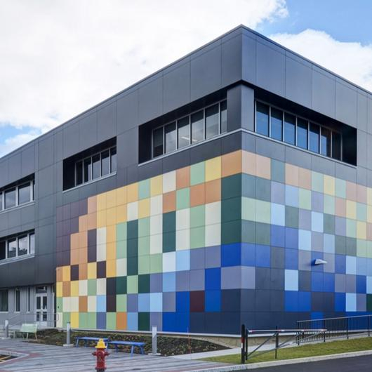 Acabados Decorativos Colour - Paneles Max Compact Exterior / FunderMax