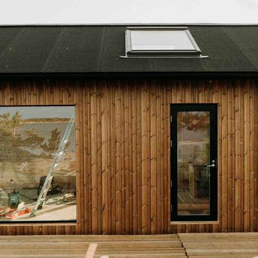 Project Ö - Thermowood Cladding and Decking / Lunawood