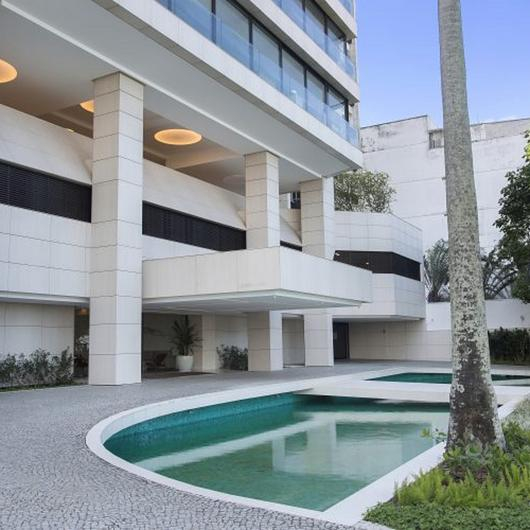 Revestimiento Dekton ® en Edificio Cap Ferrat / Cosentino