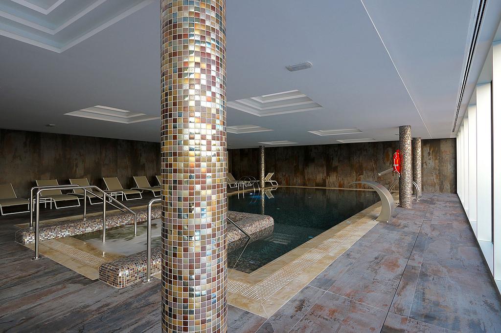 Revestimientos Silestone® y Dekton®  en Hoteles Hipotels Mallorca