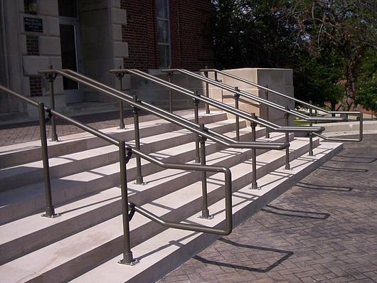 AL ADA Handrail | Hollaender