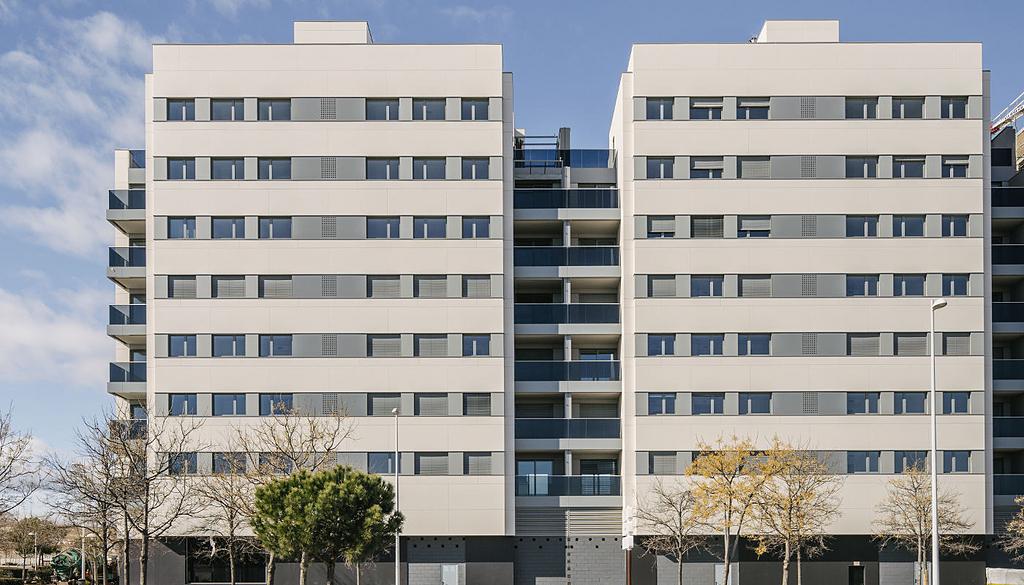 Superficies Silestone® y Dekton®  en Edificio Residencial Valdebebas 127