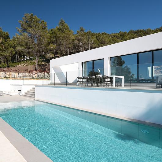 Revestimientos Silestone® y Dekton®  en Villa Omnia / Cosentino