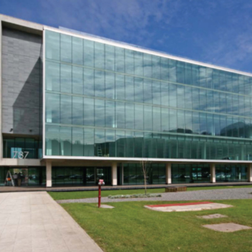 Fachadas y Muros Cortina / Glasstech