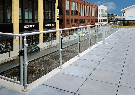 Hollaender Railings in Retail Spaces