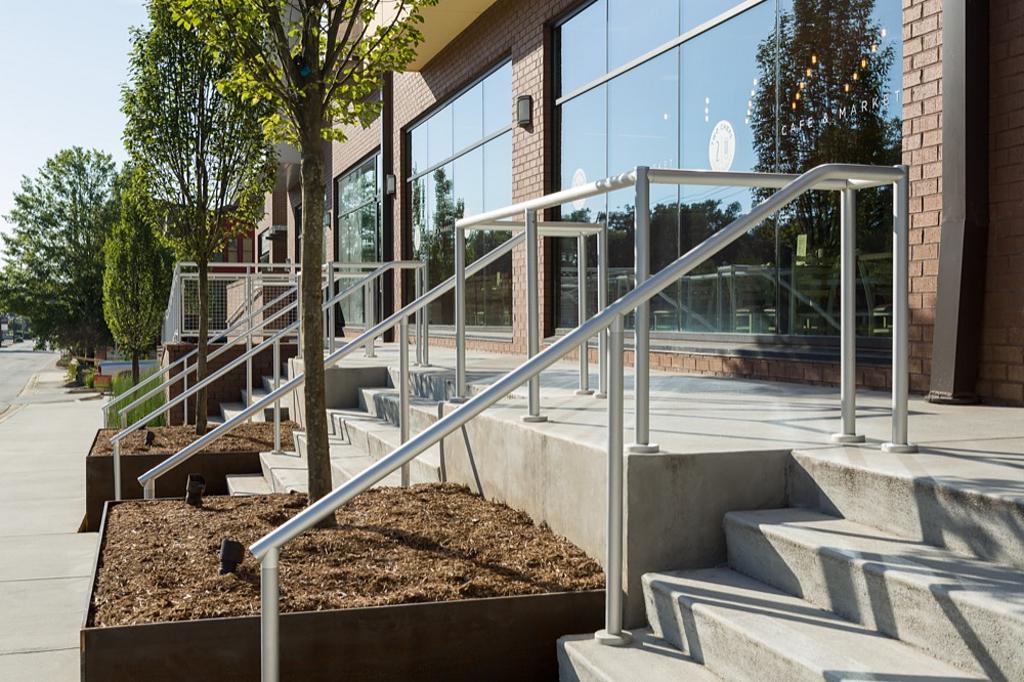 Hollaender® Railings in Residential Applications