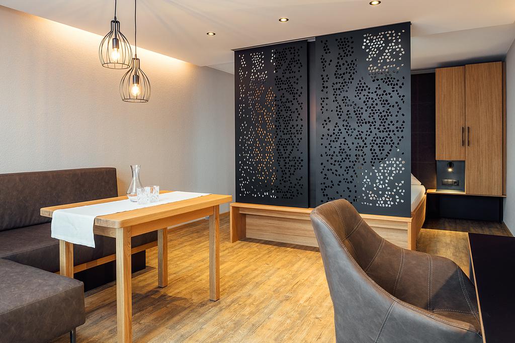 Room Divider Parion Wall Cellon