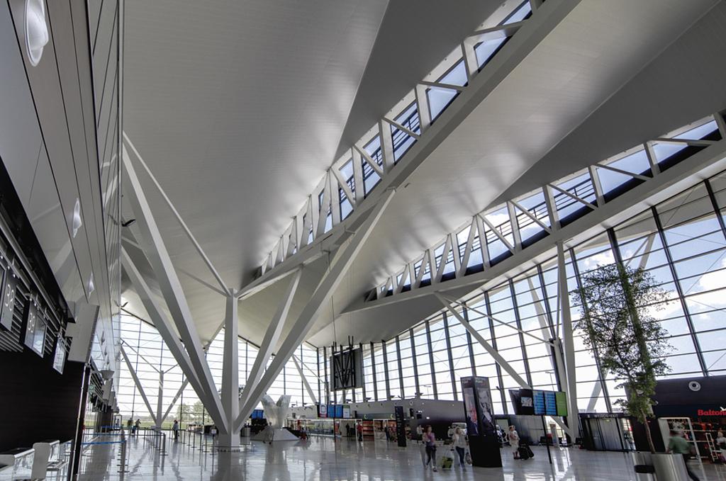 Metal Ceilings - Wide Panel - 300C/300L