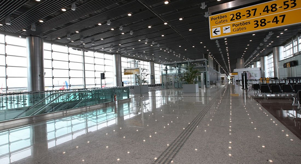 Forro Baffle no Aeroporto Internacional de São Paulo