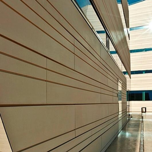 Facade - NBK Terracotta TERRART Large / Hunter Douglas Architectural