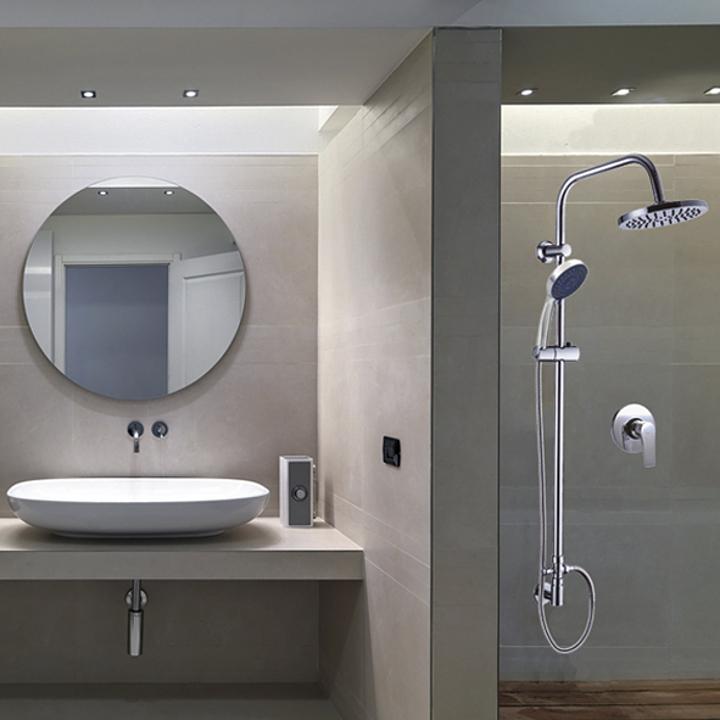 Grifería monomando y columnas de ducha para Baños