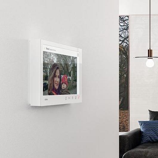 Video Home Station 7 - Door communication / GIRA