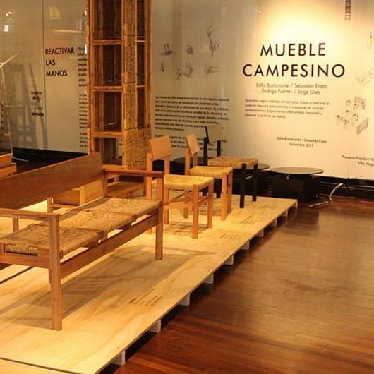 Aplicación en madera noble - Mueble campesino / Arauco
