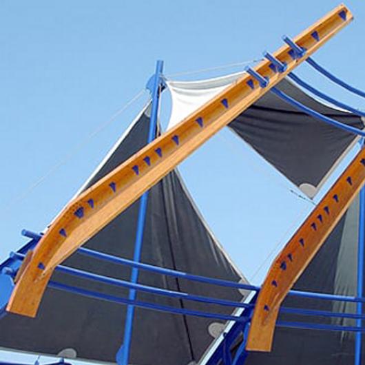 Madera laminada Hilam en Plaza Bicentenario de la República