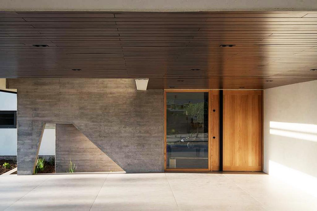 Revestimientos de madera para cielos exteriores