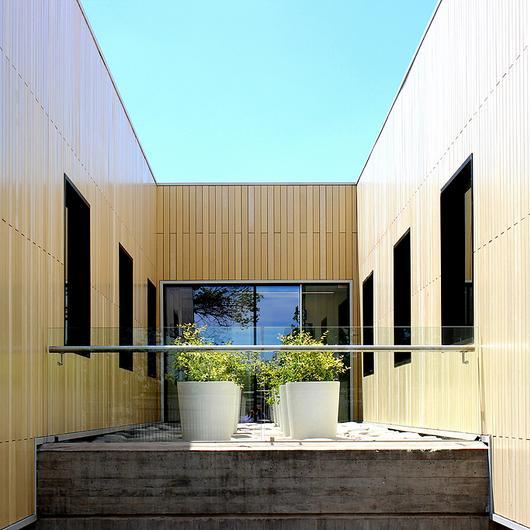 Revestimientos para fachadas ventiladas / Leaf
