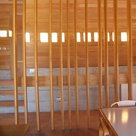 Madera laminada Hilam en casa - Casa Colico / Arauco