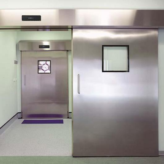 Puertas de hospital herméticas e higiénicas / Grupsa