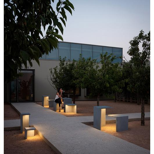 Outdoor Lights - Empty / Vibia