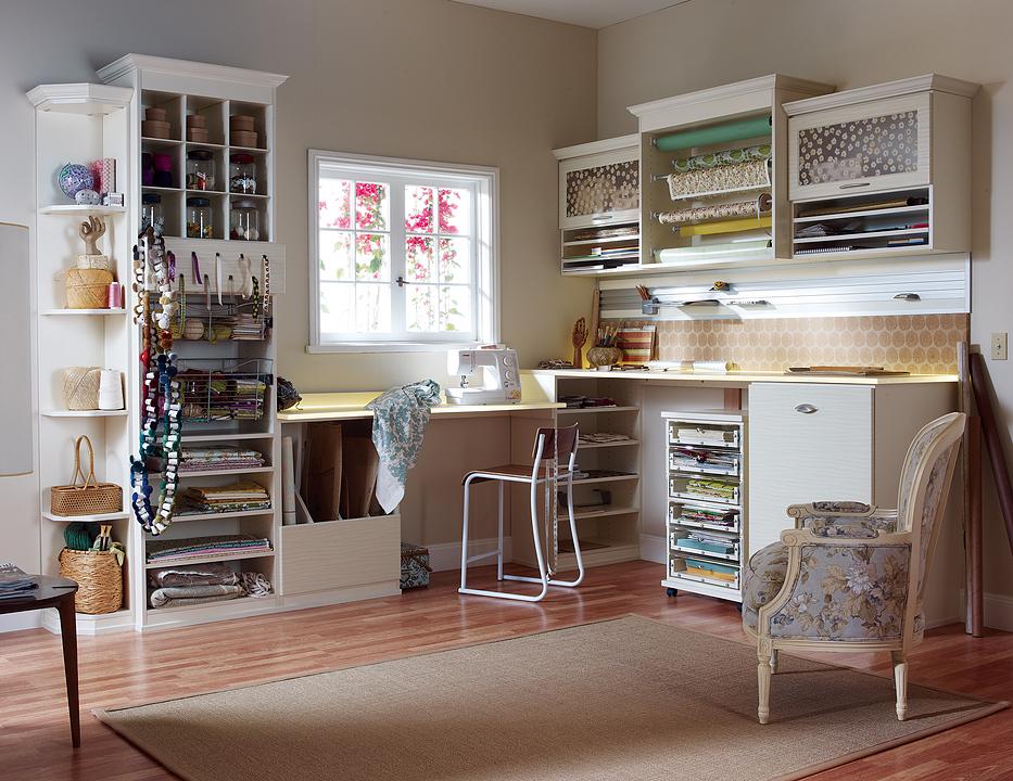 Mobiliario para centro de manualidades