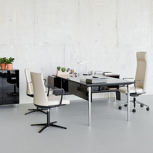 Mesas y escritorios de dirección Longo / Actiu