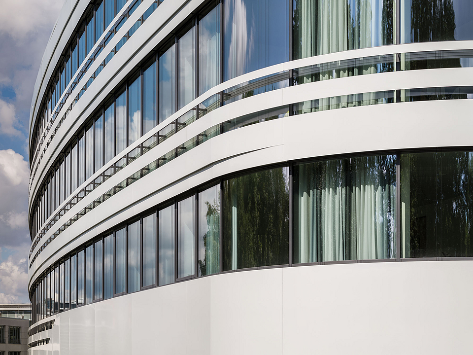 Ventilated Curtain Wall - Europlate®