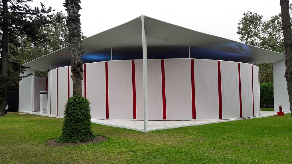 Madera en sala lounge - ExpoDeco 2017