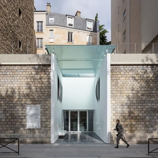 Corian® in Paris Catacombs / Corian® Exteriors
