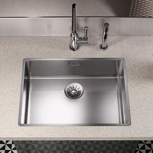 Kitchen Sinks - Polished Stainless / Dornbracht