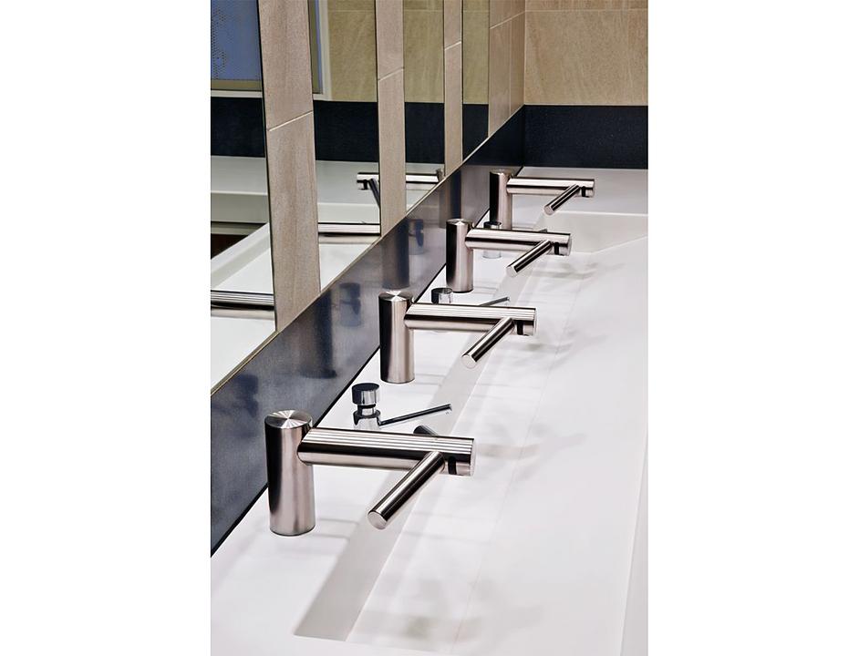Secador de manos Airblade Wash+Dry / Dyson