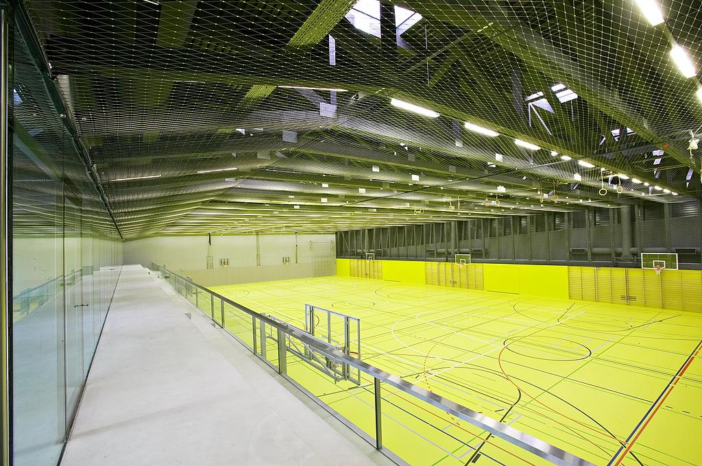 Webnet in a Gymnasium in Gurmels