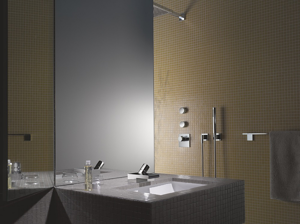 Bathroom Fittings - Deque