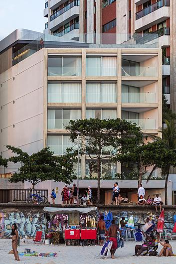 Linha Minimalista da Unibox no Hotel Arpoador | PROJETO DE BERNARDES ARQUITETURA