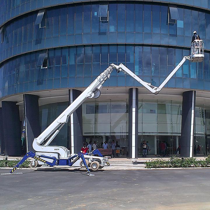 Falcon Spider Lift in Estancia IT