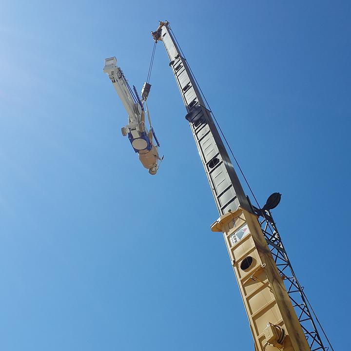 Falcon Spider Lift in Taurus AVM