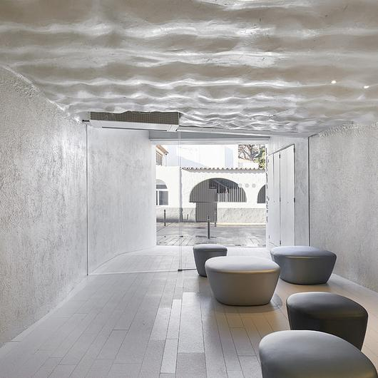Sintered Stone in Hotel Llevant / Neolith