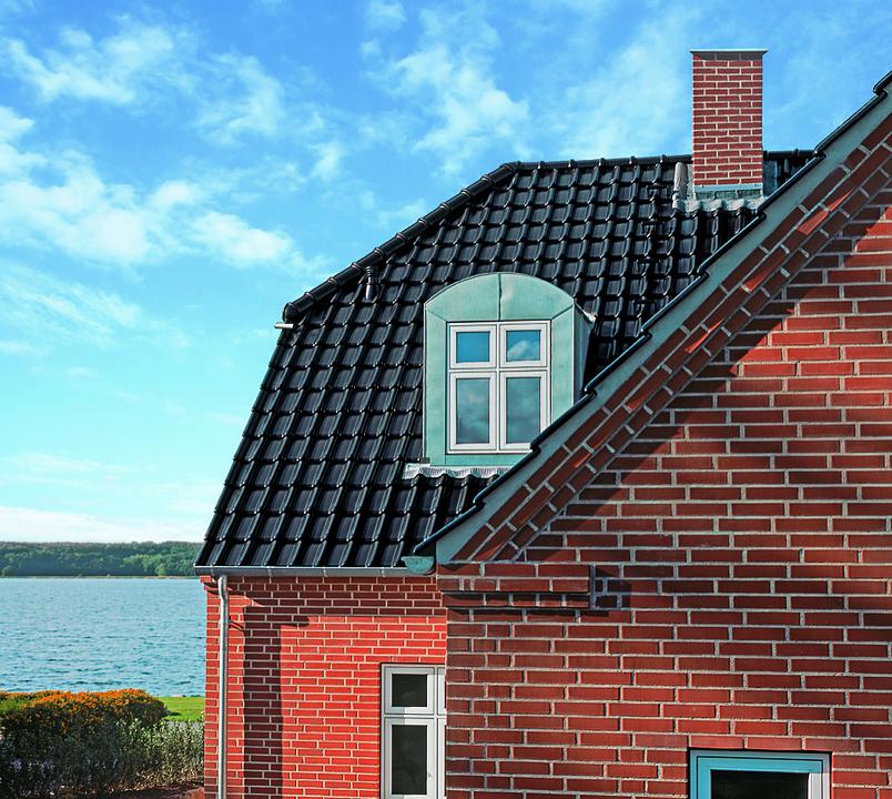 Roof Tiles - Laumans