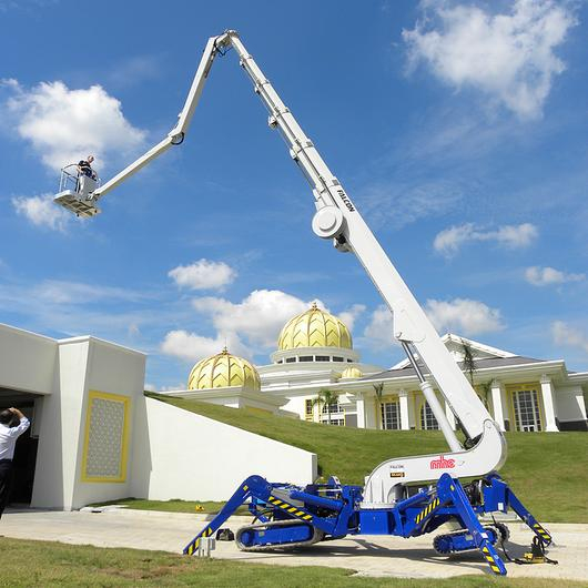 Falcon Spider Lift in Malaysian Royal Palace / Falcon Lifts