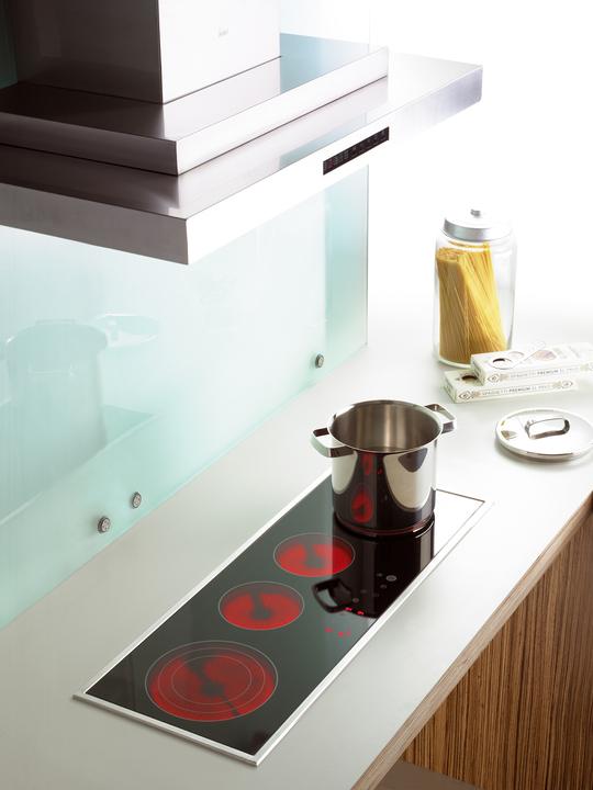 Cocinas encimeras vitrocer micas de teka for Cocina vitroceramica a gas
