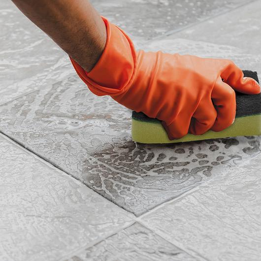 Limpiador para losetas, concreto y mampostería - UltraCare Acidic Tile & Grout Cleaner