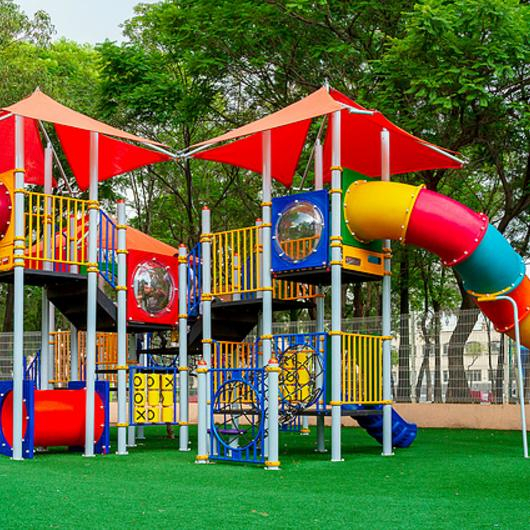 Juegos infantiles en Parque Morelos