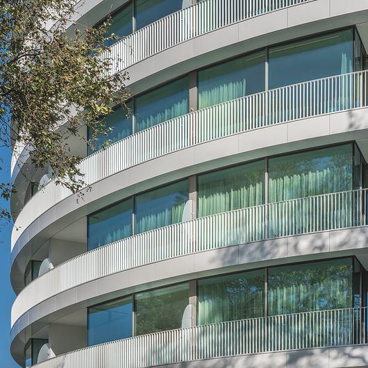 Terracotta Rainscreen – Curved Panels / Shildan