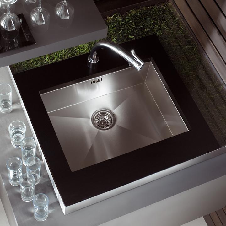 lavaplatos bajo encimera de teka. Black Bedroom Furniture Sets. Home Design Ideas