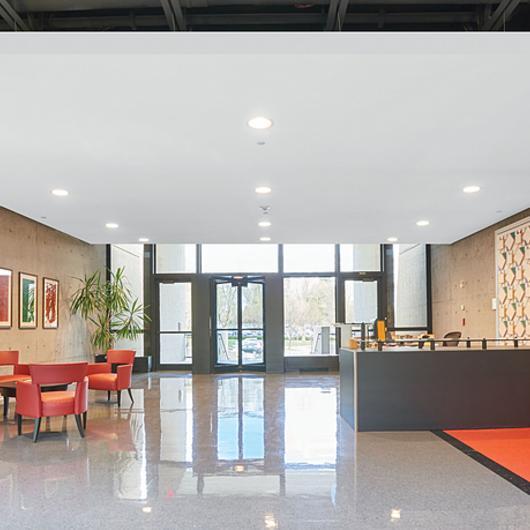 Acoustibuilt® Sistema de Plafón Acústico / Armstrong Ceilings