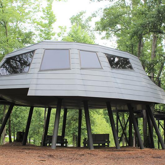 elZinc Slate in Space Crab Treehouse / MetalTech-USA