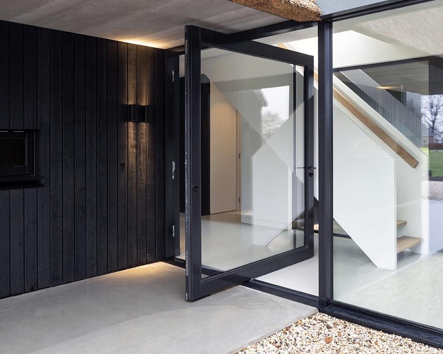 Pivot Hinges for Exterior Pivot Doors