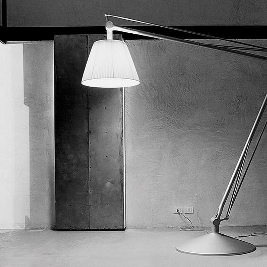 Lámparas de piso / Flos